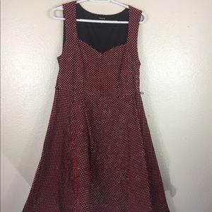 Torrid Size 0 Sleeveless Pink Dot Dress